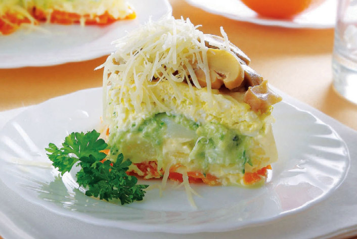 Торт овощной с грибами и сыром