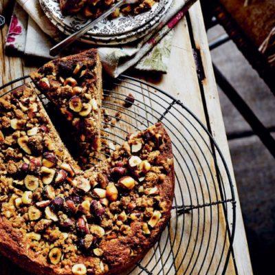 Пряный яблочный пирог с песочной крошкой