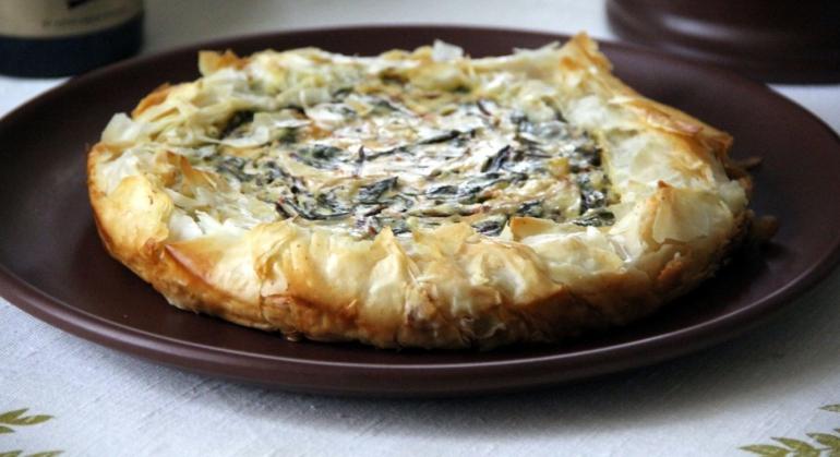 Пирог с козьим сыром и мангольдом