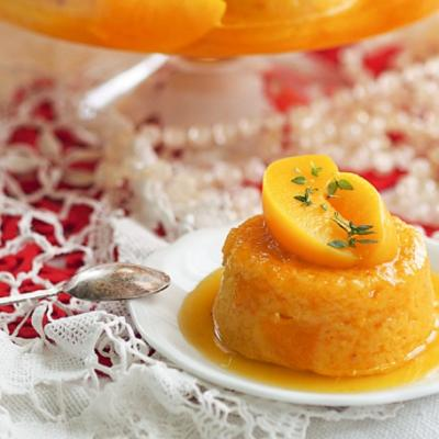 Апельсиновый пудинг с персиками