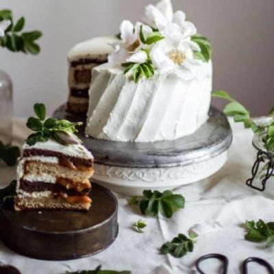Черемуховый торт с грушевой сгущенкой