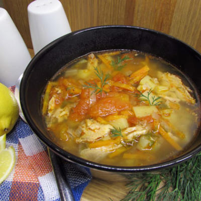 Суп с тунцом и овощами