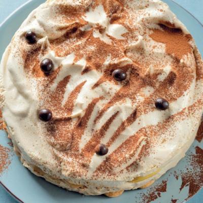 Воздушный кофейный мусс с бисквитом и персиками