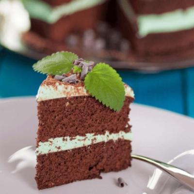Шоколадный тортик без муки с мятным творожным кремом